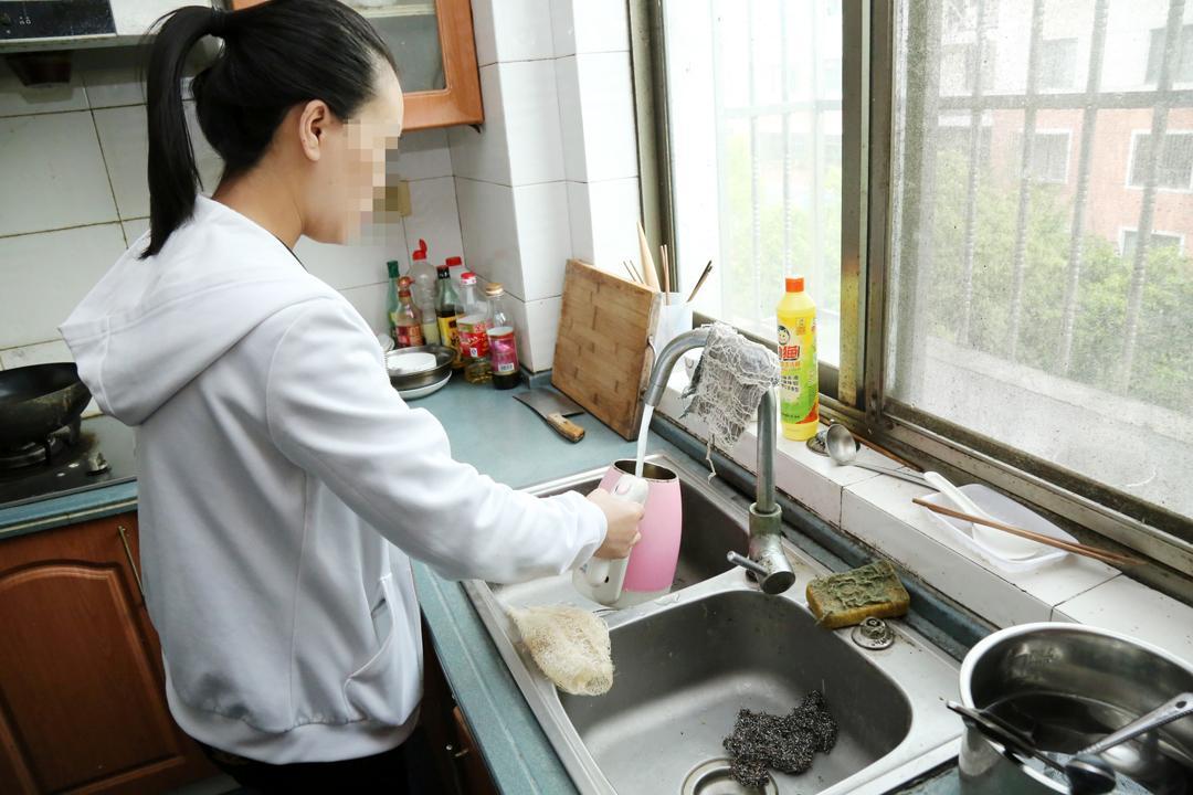 上海本地调查_常州毒地调查_黑店百地小黑本视频